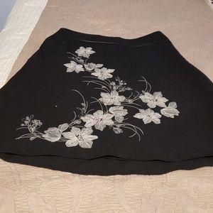 Ann Taylor Black Flower Knee Skirt, SO CUTE 10